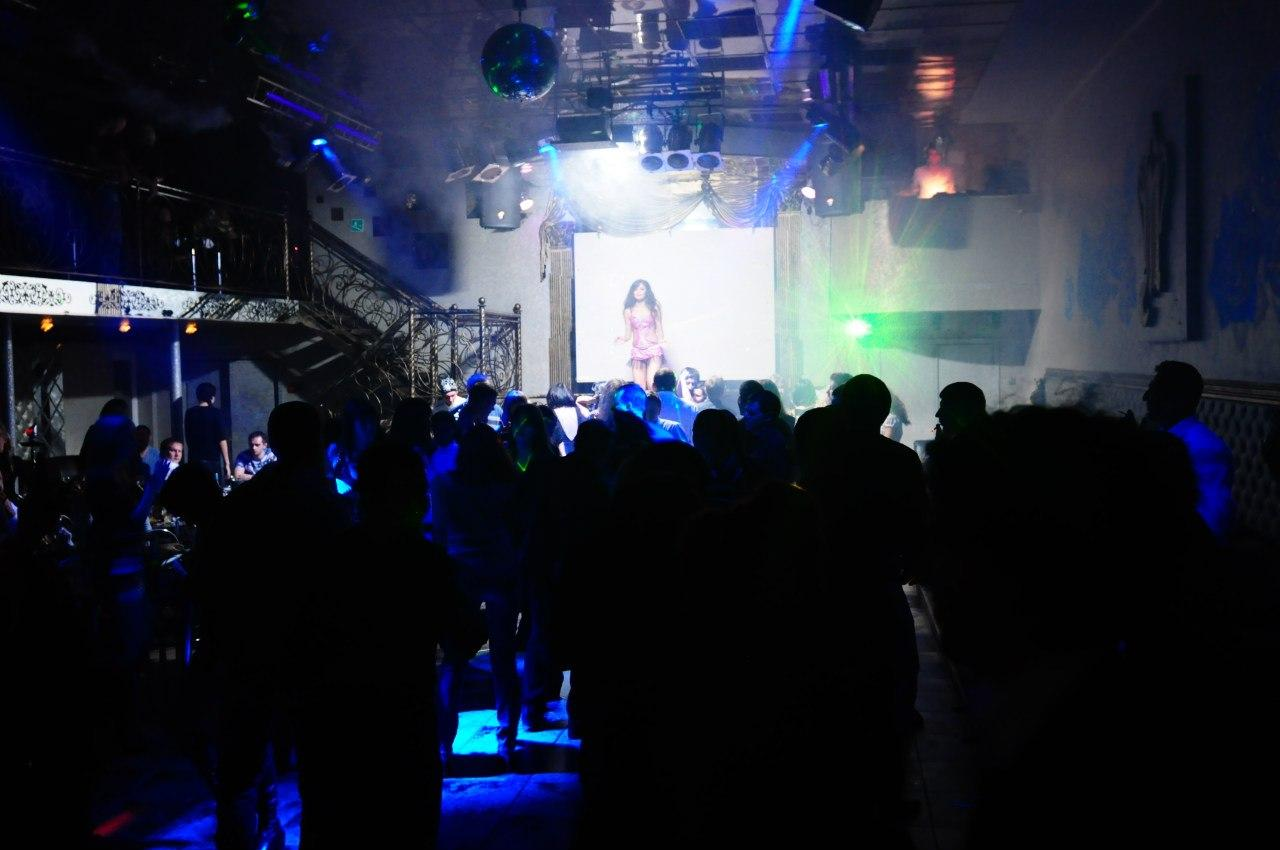 Монако ночной клуб астрахань официальный сайт смотреть бесплатно эротическое шоу видео