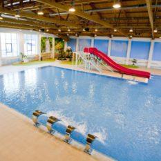 Детский бассейн для обучения плаванию с элементами аквапарка СК «Звездный»