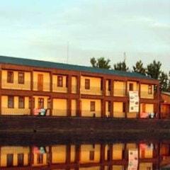 Плавучая гостиница «Росма»