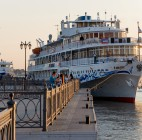 В Астраханской области построят круизное судно «Золотое кольцо»