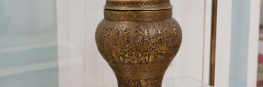 В Астраханском музее-заповеднике появилось новое выставочное оборудование из Индии